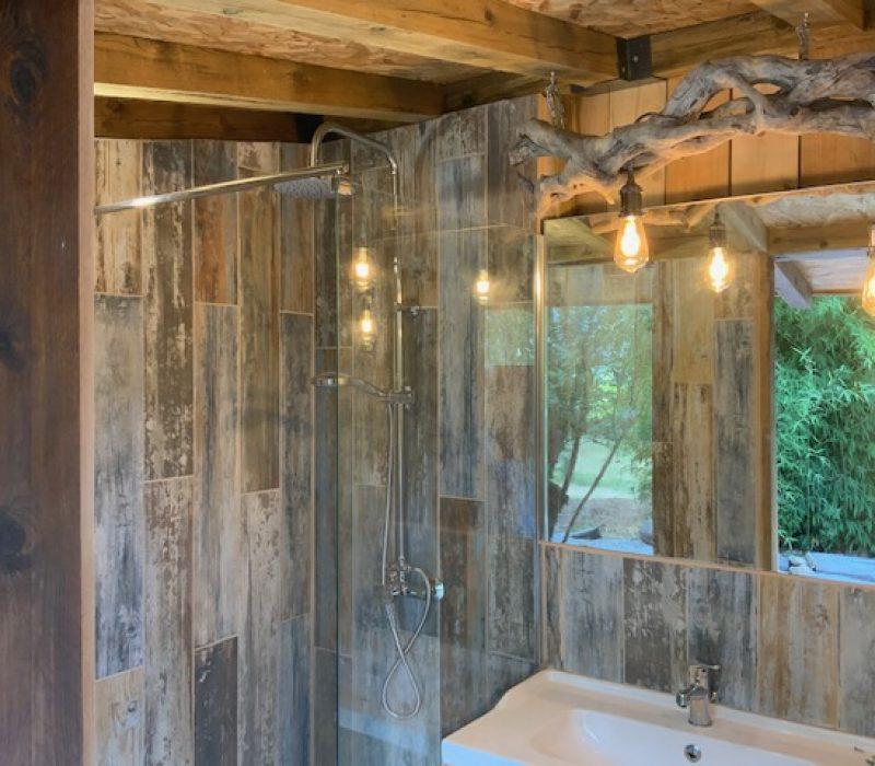 la douche dans le cabanon
