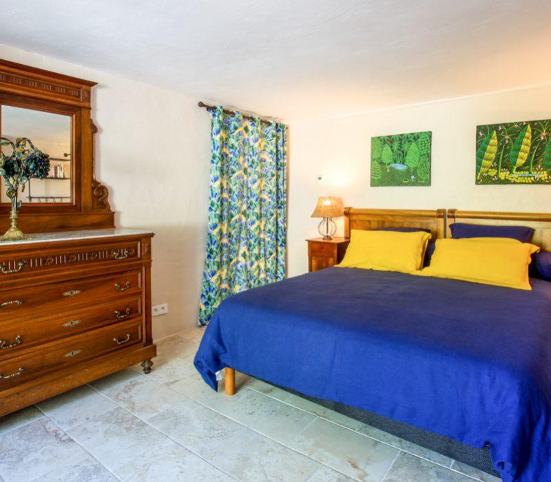 mazette chambre avec commode